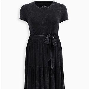 Nwt Torrid Black Washed Tiered Midi Skater Dress